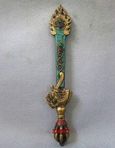 Винтаж тибет меди буддийский махакалы Phurpa дордже Phurba капалу палочка талисман меч купить на AliExpress