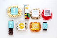 DIY Snack Box for new mamas- printable labels. Cute idea to add to hospital care package! Cute Gifts, Diy Gifts, Best Gifts, Food Gifts, New Mommy Gifts, Gifts For Mom, Snack Box, Snack Pack, Diy Snacks