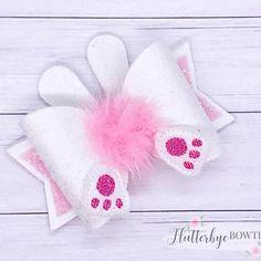 Bow Template Bunny Tail Cute Bows Diy Ribbon Diy Bow Ribbon Bows Ribbons How To Make Bows Boutique Bows Fabric Hair Bows, Diy Hair Bows, Diy Bow, Diy Ribbon, Ribbon Bows, Bow Template, Barrettes, Hairbows, Hair Bow Tutorial