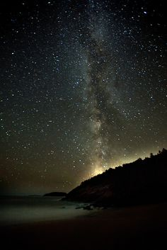 Beautiful photo of the Milky Way from Acadia National Park, Maine. Acadia National Park, National Parks, Beautiful Sky, Beautiful Places, Places To Travel, Places To See, To Infinity And Beyond, Nocturne, Rhode Island
