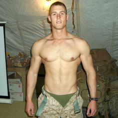 Look at the wide shoulders on this sexy soldier boy! :D