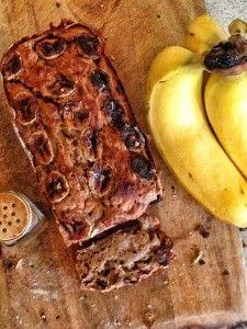 vegan banana bread with pecans and sultanas | vie de la vegan