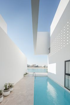 Gallery of Areia / AAP Associated Architects Partnership - 15 Swimming Pool Designs, Swimming Pools, Interior Architecture, Interior And Exterior, Minimal Architecture, Kleiner Pool Design, Living Pool, Outside Pool, Moderne Pools