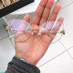 674a6015ef656 33 melhores imagens de Óculos ♡   Sunglasses, Cat eye glasses e ...