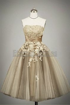 Hey, I found this really awesome Etsy listing at http://www.etsy.com/listing/152071840/strapless-short-tulle-ball-gown-with