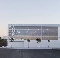 Gallery of Es Puig D'En Valls Sports Center / MCEA   Arquitectura - 9