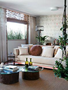 Papel de parede e peças de design dão clima afetuoso ao apartamento - Casa