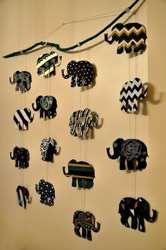 [New] The 10 All-Time Best Home Decor (Right Now) - Ideas by Annie Chevez - This beautiful elephants wall hanging Diy Crafts Hacks, Diy Home Crafts, Diy Arts And Crafts, Decor Crafts, Diy Canvas Art, Diy Wall Art, Diy Wall Decor, Elephant Crafts, Elephant Wall Art