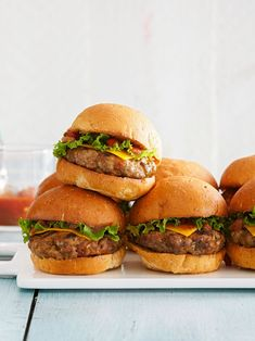 These 20-minute meals with ground beef are fast, fresh, and perfect for the weeknight rush. With our quick ground beef recipes, you'll put a package of meat to good use for hamburgers, chili, taco salads, and more. #easydinnerideas #dinnerideas #quickandeasydinnerrecipes #groundbeefrecipes #bhg Grilling Recipes, Snack Recipes, Cooking Recipes, Easy Recipes, Aloo Recipes, Dinner Recipes, Oven Recipes, Milk Recipes, Sandwich Recipes