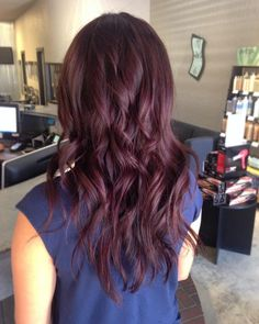 """""""Loving this new shade on my friend Dianela! She came in wanting a big change for fall, so we turned her into a cherry chocolate babe! I should've taken a…"""""""