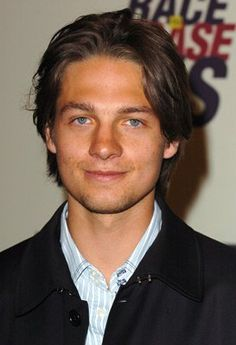 Gregory Smith...HOLY HOT FLABBER GHAST!!!!! This is Sport from Harriet the Spy!!