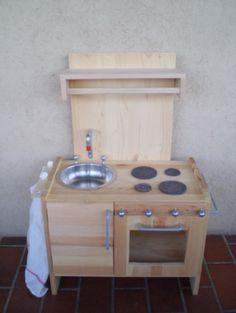 Build a toddler play kitchen for as little as $50. | Upcycling ...