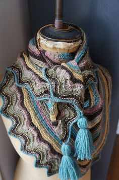 Parrot shawl by Vero M