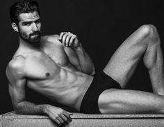 FERRAN ALABAU , VIEW MANAGEMENT BARCELONA.   Fer &... - Beard Model