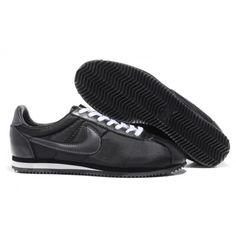 new arrival c2dfc 52ce8 Jordan Retro 1, Jordan 1, Nike Cortez, All Black Sneakers, Black Shoes