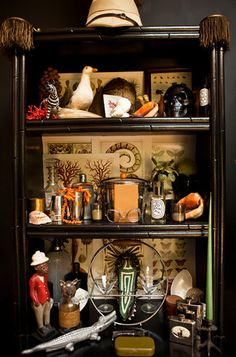 eclectic curio cabinet (The 'New Vintage' Life, New York Times) Steampunk House, Steampunk Wedding, Cabinet Of Curiosities, Deco Originale, Curiosity Shop, Interiores Design, Shadow Box, Sweet Home, Victorian