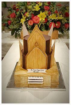 Pipe organ cake