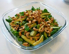 Groene avocado salade met cashewnoten - Zandloper