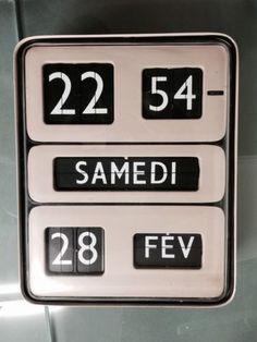 Rare Solari Udine / Dator 5 Flip Clock Horloge Gino Valle Design Rollnumber clock fllip clock flipping vintage french made in 70s Klappzahlen Uhr france – We collect similar ones – Only/Once – www.onlyonceshop.com