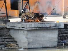 Lichaamsverbranding bij Pashaputinath