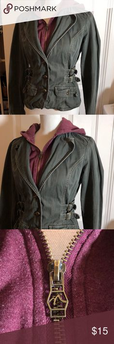 Nori Women's Jacket with hood Women's Size Medium Nori Jacket with hood. Fitted, all one piece good condition, no rips or stains! Same or next business day shipping on all purchases! Nori Jackets & Coats