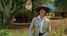'Out of Africa' costume designer Milena Canonero: article with many photos from the movie.