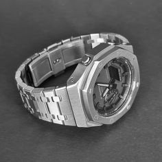 Old Watches, Casual Watches, Watches For Men, Watch 2, Smart Watch, Slavic Tattoo, Fitness Watch, Royal Oak, Casio G Shock
