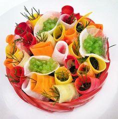 Salade de crudités by Jean Imbert Jean Imbert, Food Design, Amuse Bouche Ideas, Food Plating Techniques, Food Experiments, Reception Food, Dessert Decoration, Bon Appetit, Fruit Salad