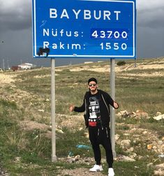 erkese selam olsun 👋 🇹🇷 #Bayburt #konursu #köy #vata Turkey Football, Neymar, Messi, Ac Milan, Manchester, Yoga, Sports, Instagram, Dortmund