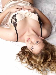 Simple and gorgeous! #GlamourShots #Boudoir