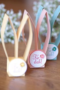 Bunnies Easter favors with instructions - ColorSpell- Hasen Gastgeschenke zu Ostern mit Anleitung – ColorSpell Bunnies Easter favors with instructions – ColorSpell - Creative Gifts For Boyfriend, Diy Gifts For Kids, Presents For Boyfriend, Boyfriend Gift Basket, Boyfriend Gifts, Boyfriend Birthday, Easter Crafts, Easter Bunny, Chocolates
