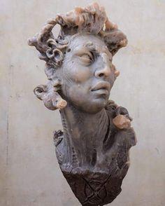 #JavierMarinescultor, #JavierMarin, #escultura de #resina poliéster y pigmentos naturales. Polyester resin #sculpture. #Arte, #artecontemporaneo. #art, #contemporaryart