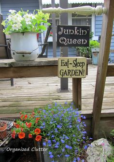 Repurposed Chair Leg Sign Hanger www.organizedclutterqueen.blogspot.com