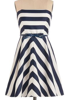 Love this striped dress http://rstyle.me/n/fbfdxnyg6