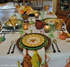 """Tablecloths From The Little Round Table: Wilendur """"Ceramic"""" + Napkins"""