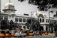 Egmore railway station captured by @_mr.photographer #_soi#streetsofchennai
