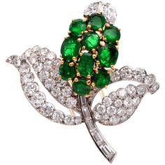 Preowned Cartier Emerald Diamond Gold Platinum Floral Brooch ($37,999) ❤ liked on Polyvore featuring jewelry, brooches, brooch, jewels, green, 18k gold jewelry, floral brooch, cartier jewelry, gold jewelry and emerald brooch