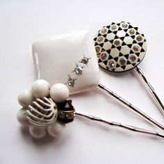 vintage hatpins Vintage Hat Boxes, Vintage Hats, Vintage Jewelry, Millinery Hats, Hair Beads, Love Hat, Vintage Couture, Stick Pins, Hat Hairstyles