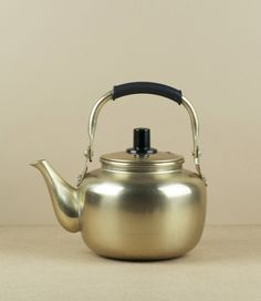 Korean makgeolli kettles (we'd bought identical kettles in Japan)