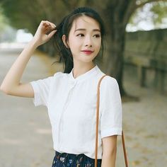 Buy sansweet Stand Collar Short-Sleeve Shirt at YesStyle.com! Quality products at remarkable prices. FREE WORLDWIDE SHIPPING on orders over US$35.