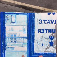 #weekend #draw #urbanart #urbansketch #pen #posca #illustration #drawing #reportage #colour #pub #london #city #architecture #signs #sketch #sketchbook #moleskine #sketching #blue