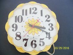 vintage kitchen clock yellow floral general electric ge wall decor 2197 WORKS in Collectibles, Clocks, Vintage Wall