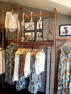 30 awesome small walk-in closet design ideas and inspiration for modern homes claire C. PROJECT CLOTHES organisieren kleiner awesome small walk-in closet design ideas and inspiration for modern homes – claire C. PROJECT CLOTHES - home decorasyon Walk In Closet Design, Closet Designs, Boutique Interior, Modern Entryway, Entryway Ideas, Room Closet, Pipe Closet, Store Design, Design Design