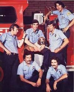 Watched Emergency on Saturday nights when I was a kid, it's what inspired me for my Fire Service career. 70s Tv Shows, Great Tv Shows, Fire Department, Fire Dept, Randolph Mantooth, Childhood Tv Shows, Nbc Tv, Tv Show Casting, Fire Equipment
