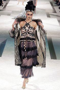 Christian Lacroix Fall 2005 Couture Fashion Show - Eugenia Volodina (NATHALIE)