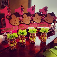 Cute Mod Monkey center pieces is made for my daughters 1st birthday ((: