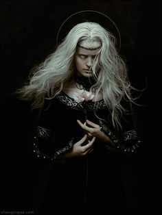 New York-based photographer Zhang Jingna (aka zemotion) has embarked on a year-long project known as Motherland Chronicles, in collaboration with Californi