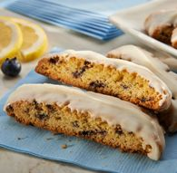 Blueberry Lemon Biscotti is enjoyable as a classic after-dinner dessert, or while spending time with a good book and warm coffee. Jiffy Mix Recipes, Lemon Biscotti, One Smart Cookie, Low Calorie Desserts, Lemon Muffins, Bread Mix, Muffin Mix, Coffee Dessert, Blue Berry Muffins