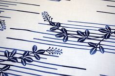 This is a soft unbleached yukata cotton fabric with an indigo resist dyed hagi…