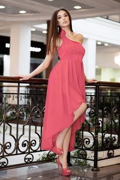 Где купить платье на распродаже